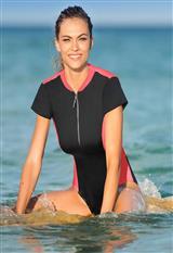 Vestido de Baño Entero con Escote en Espalda carulla.com